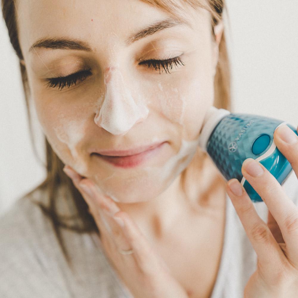 Dwufunkcyjne urządzenie do domowej pielęgnacji twarzy, FACE UP - CLEANSING & LIFTING